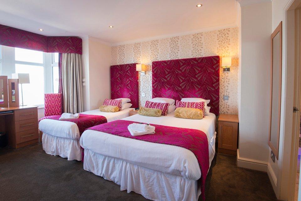 Bedroom, Elgin Hotel